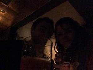 Oslavujeme moju prvú prácu hnusným vínom a ešte hnusnejším pivom :)