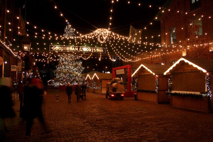 Ako vyzerajú vianočné trhy v Toronte?