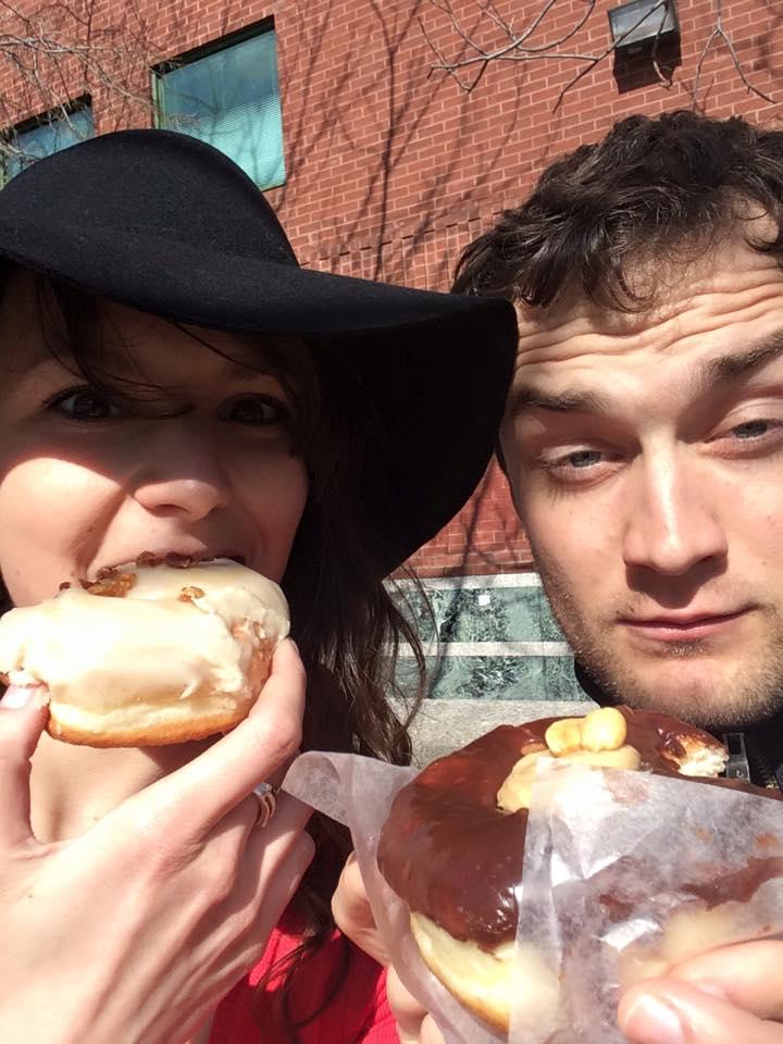 Donut s javorovým sirupom a slaninou